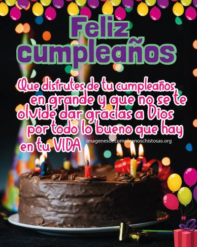 pastel de feliz cumpleaños con mensaje